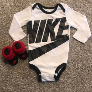 Nike Onesie & Socks Set